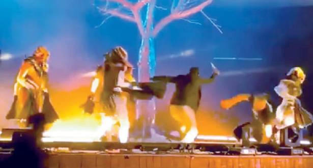 تفاصيل حادث طعن ثلاثة أشخاص خلال عرض مسرحي بالسعودية