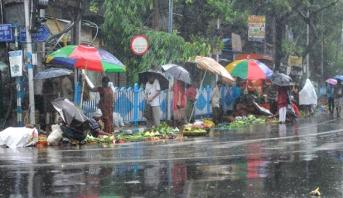 84 قتيلا في إعصار أمبان في الهند وبنغلادش