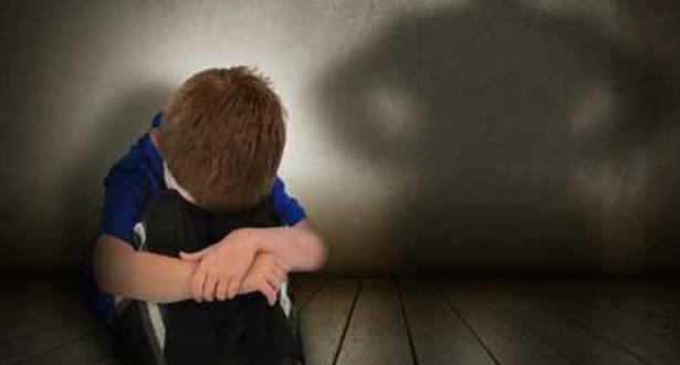 Settat: enquête au sujet d'une femme soupçonnée d'avoir violenté un enfant