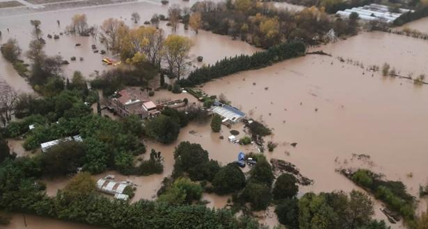 خمسة قتلى في فيضانات فرنسا بينهم ثلاثة رجال إنقاذ تحطمت مروحيتهم