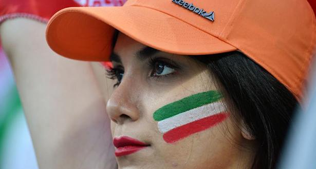 لأول مرة .. إيران تسمح لمشجعات كرة القدم بدخول الملاعب