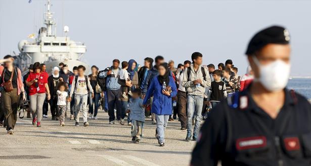 """إيطاليا تفتح ممرات إنسانية لاستقبال """"لاجئين فارين من الحروب"""""""