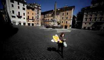 إيطاليا تواصل تخفيف قيود العزل وسط قواعد صارمة