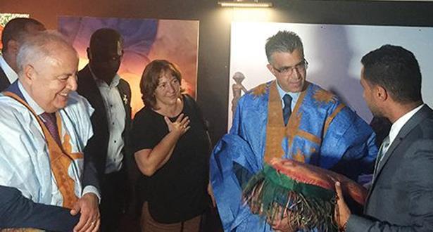 """إيطاليا .. مبادرة نصب خيام صحراوية ضمن مهرجان تسهم في التعريف بالثقافة الحسانية وفي اعطاء """"الصورة الحقيقية للمغرب"""""""