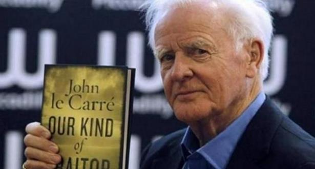 وفاة الروائي البريطاني الشهير جون لو كاريه