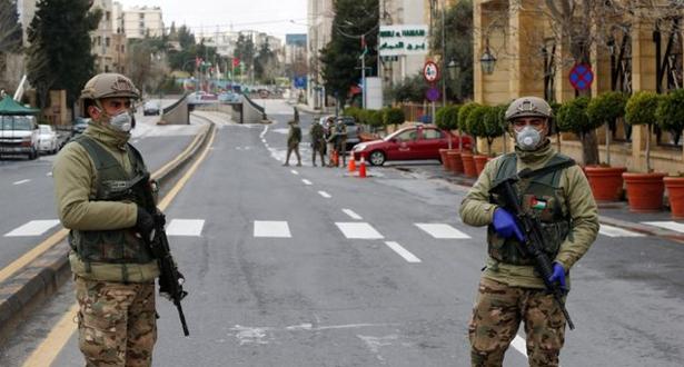 الأردن يقرر إغلاق المدارس والمساجد والمطاعم والمقاهي لأسبوعين