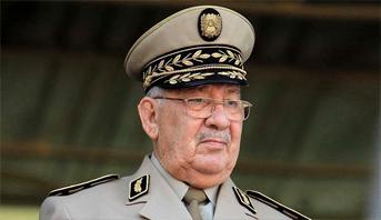 وفاة رئيس أركان الجيش الجزائري الفريق أحمد قايد صالح