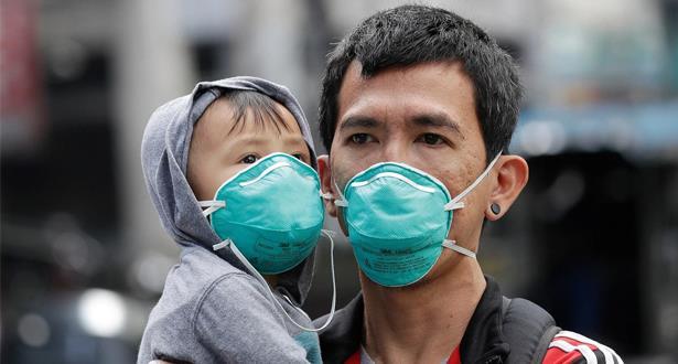 الأطفال لا يصيبون البالغين بالفيروس التاجي بل على العكس تماما