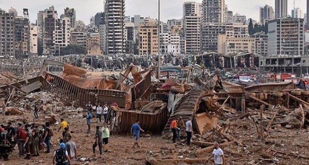 انفجار مرفأ بيروت .. 30 قتيلا وإصابة ثلاثة آلاف آخرين وفق حصيلة أولية