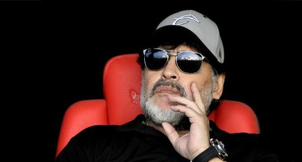 Décès de Maradona: le président argentin décrète trois jours de deuil