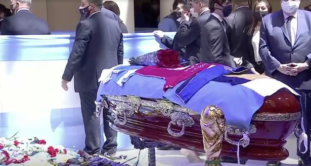 طبيب مارادونا متهم بالقتل غير المتعمد
