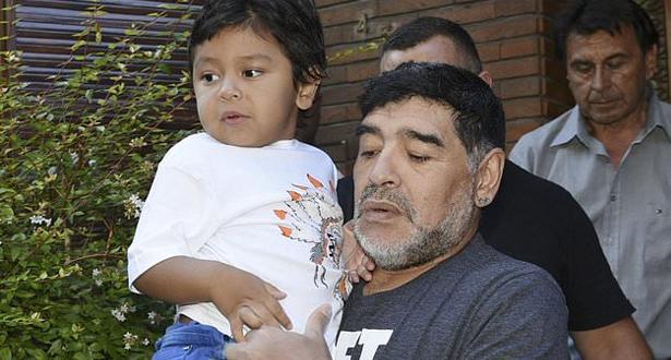 قبل ساعات من وفاته .. مارادونا يترك رسالة صوتية مؤثرة