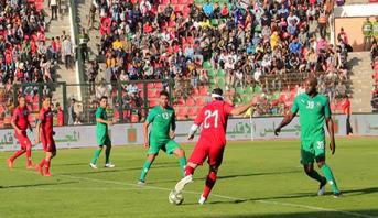 مباراة استعراضية في كرة القدم بالعيون بمشاركة أبرز نجوم العالم