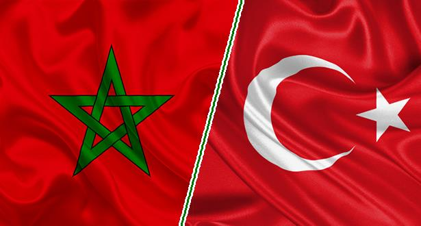 سفارة المغرب بأنقرة تؤكد مواصلة دعمها للمغاربة العالقين بتركيا