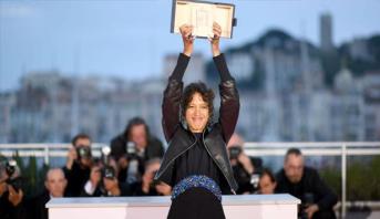 """Cannes: Le Grand Prix à la Franco-Sénégalaise Mati Diop pour """"Atlantique"""""""