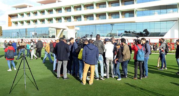 زيارة ميدانية للصحافة المغربية والدولية لمركب محمد السادس لكرة القدم