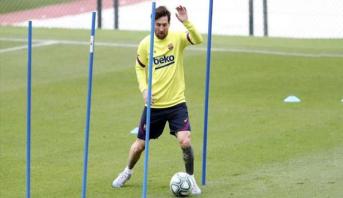 سيتيين يرفض التكهن بشأن مستقبل ميسي مع برشلونة
