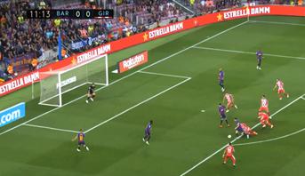 """ميسي يهدر هدفا """"خياليا"""" أمام مرمى ياسين بونو"""