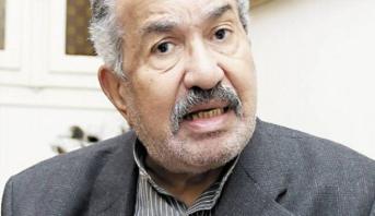 وفاة الممثل المصري حمدي أحمد عن عمر يناهر 82 سنة