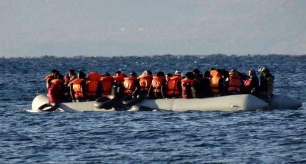 السماح لـ27 قاصرا على متن سفينة مهاجرين قبالة إيطاليا بمغادرتها