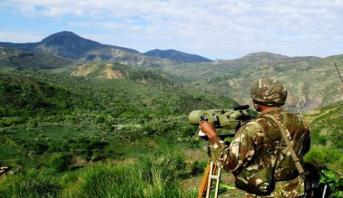 Algérie: deux militaires tués dans l'explosion d'une bombe artisanale