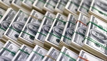 أصحاب المليارات يمتلكون أموالاً تفوق ما يملكه أكثر من 60% من شعوب العالم