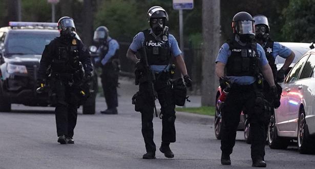 """سلطات مينيابوليس تعلن """"تفكيك وإعادة بناء"""" شرطة المدينة إثر مقتل جورج فلويد"""