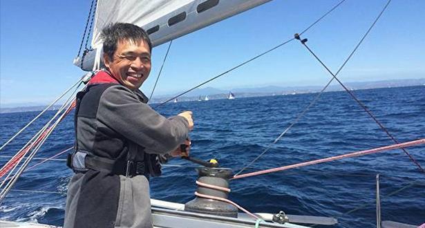 أول كفيف يعبر المحيط الهادئ