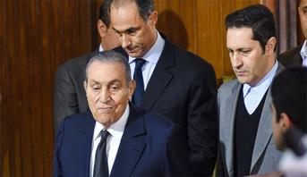 مصر تعلن الحداد العام ثلاثة أيام بعد وفاة الرئيس الأسبق حسني مبارك