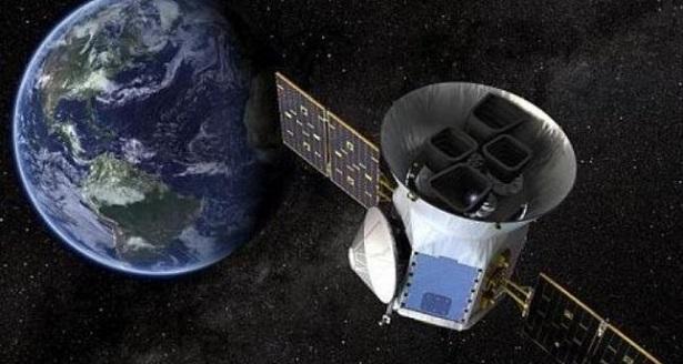 """""""ناسا"""" تطلق قمرا صناعيا لمراقبة تغيرات منسوب مياه البحار"""