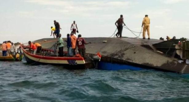 الكونغو الديموقراطية.. فقدان 32 شخصا إثر غرق مركب في بحيرة