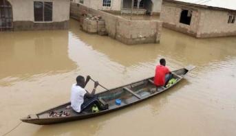 أزيد من مائة قتيل في فيضانات في مناطق متفرقة في نيجيريا