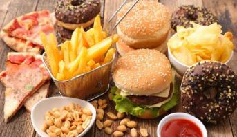 دراسة .. الأغذية الصناعية المحولة بشدة تسرع الشيخوخة البيولوجية
