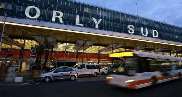 France: l'aéroport d'Orly en partie évacué à cause des chaussures suspectes d'une passagère