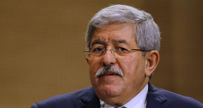 إيداع رئيس الوزراء الجزائري السابق أحمد أويحيى السجن
