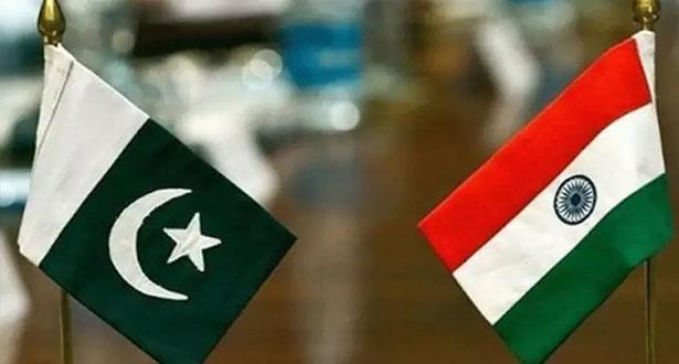 باكستان تطرد السفير الهندي وتعلق التجارة مع نيودلهي بسبب كشمير