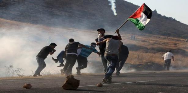 الضفة الغربية .. إصابة 4 فلسطينيين برصاص الجيش الإسرائيلي