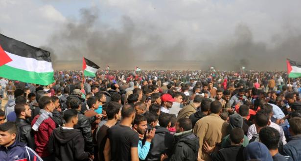 إصابة 40 فلسطينيا خلال احتجاجات الجمعة في قطاع غزة
