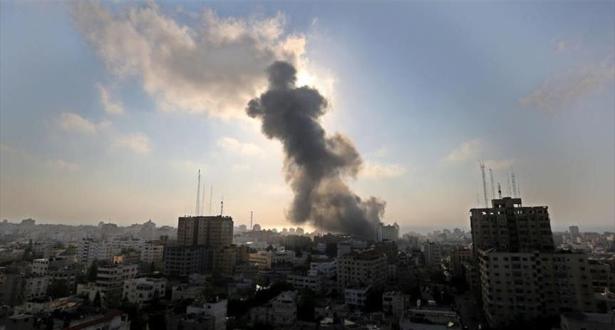 غزة.. إصابة 20 فلسطينيا في غارة للاحتلال الإسرائيلي على مركز ثقافي بالقطاع