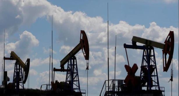 ارتفاع أسعار النفط وخام القياس العالمي برنت يتخطى 40 دولارا للبرميل