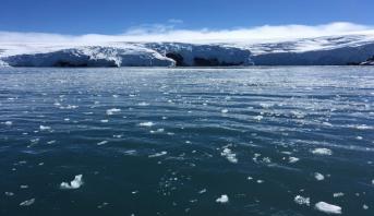 """Une montée du niveau de la mer de 2 mètres """"plausible"""" d'ici 2100 (étude)"""