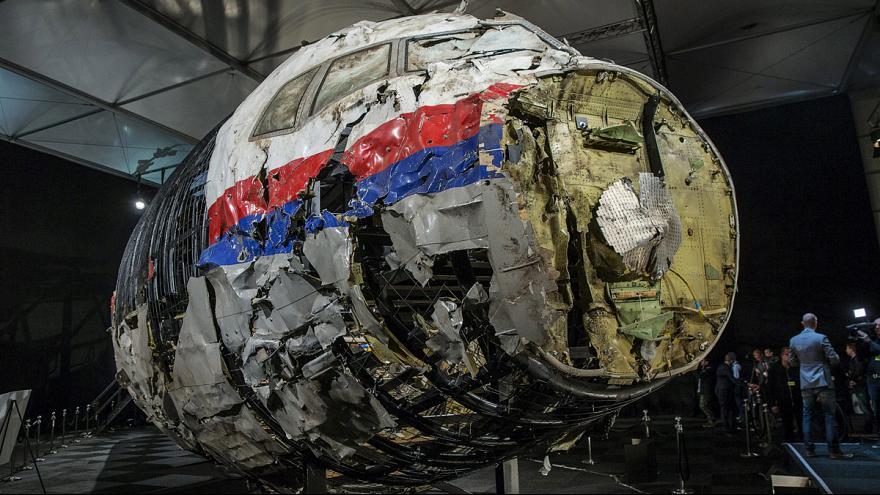 Crash du Vol MH17: les familles des victimes réclament justice à la Russie