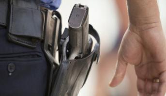 Fès: des policiers dégainent leurs armes pour neutraliser un individu dangereux