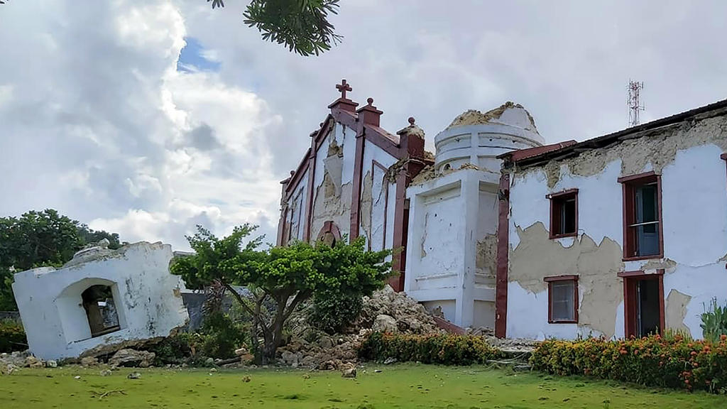 Tremblement de terre aux Philippines : huit morts