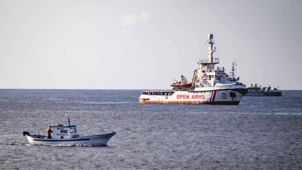 L'Espagne envoie un navire militaire pour récupérer les migrants de l'Open Arms