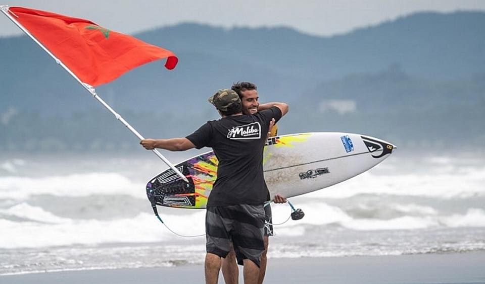 Surf: le Maroc se qualifie pour la première fois aux JO