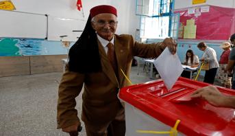 التونسيون يتوجهون إلى صناديق الاقتراع لاختيار ممثليهم في البرلمان