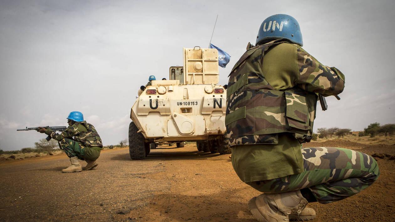 Mali: un Casque bleu tué, 4 blessés par un engin explosif