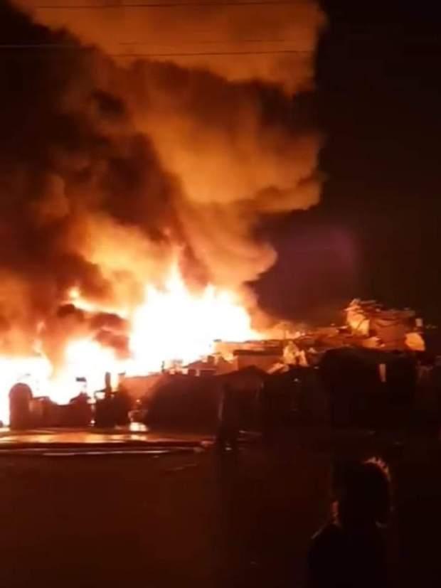 """اندلاع حريق بسوق المتلاشيات """"سيدي يوسف"""" بأكادير"""