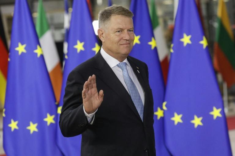 Roumanie/présidentielle: le pro-européen Iohannis largement en tête au premier tour